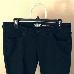 Levi Modern Straight jeans